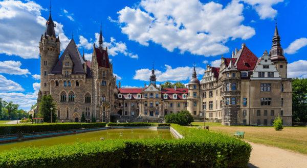 pałac Moszna1